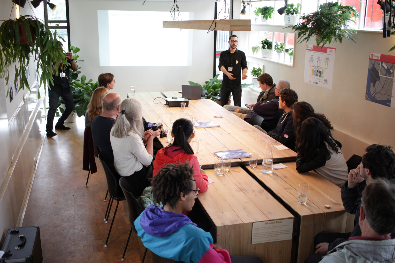 We run masterclasses on sustainability and the circular economy in Metabolic Lab.