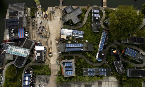 De Ceuvel Aerial - Credit Niki Coutignu (1)